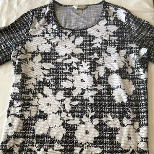 CJ Banks Black and White Floral Top- Size X